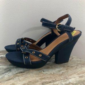 New Antonio Melani Navy Sandals size 8.5 Chunky